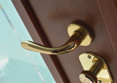 Porta blindata con serratura a cilindro europeo alto livello di sicurezza-parte interna della porta (3)