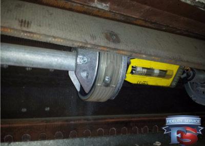 controllo molle , manutenzione ordinaria serranda.2