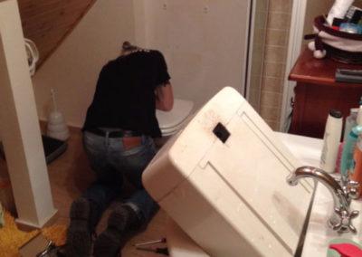 riparazione perdita +cambio vaschetta wc.2 jpg